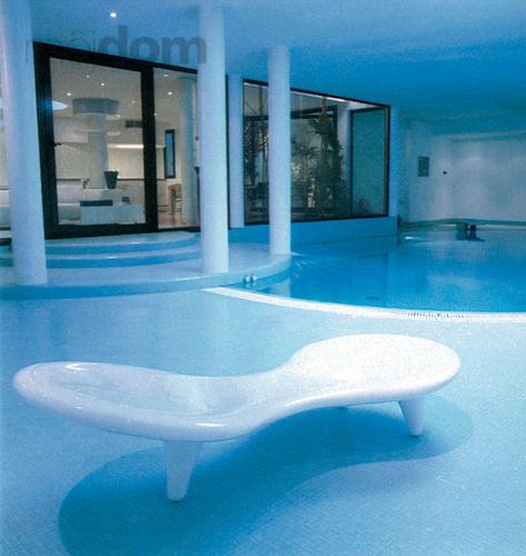 Interiérový bazén využíva vo
