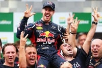 Vettel po tretí raz