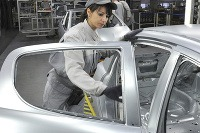 Trnavská automobilka PSA zvyšuje