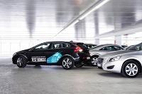 Volvo zaparkuje samostatne a vráti sa na povel aj späť.