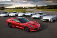 Chevrolet Corvette oslavuje 60-ku - v pozadí doterajších šesť generácií od 1953 do 2013, vpredu najnovšia C7 Stingray.