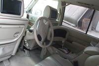 Nissan Patrol s volantom