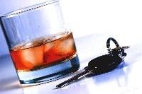 Alkohol za volantom určite