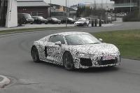 Audi R8 prichytené počas