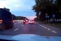 Nelegálne preteky mestom Varšava