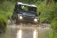 Land Rover Defender na
