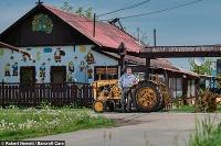 Maďar vyrobil traktor z