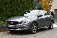 Volvo S60 Cross Country T5 AWD