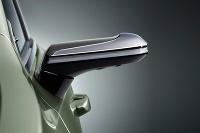 Lexus bez spätných zrkadiel
