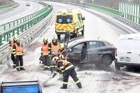 Nehoda na diaľnici D6 v Česku