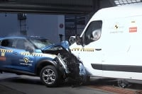 Crash test a ADAS