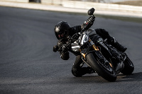 Triumph Speed Triple 1200 RS 2021 - naklon