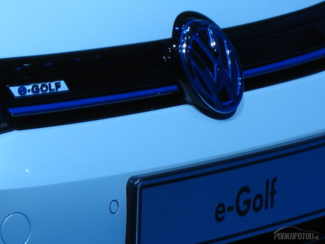 E-Golf je auto ako