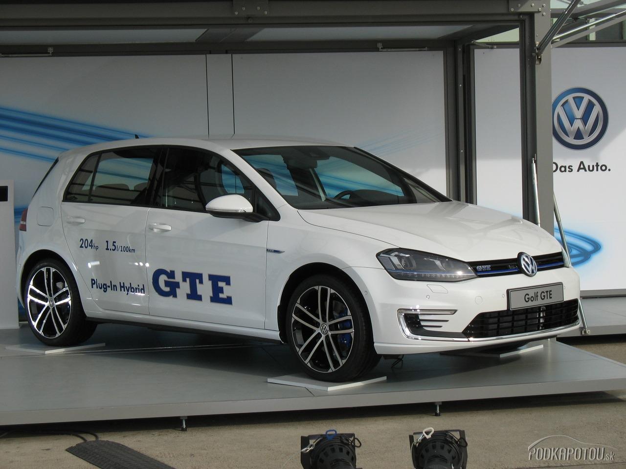 Volkswagen e-Golf a Golf