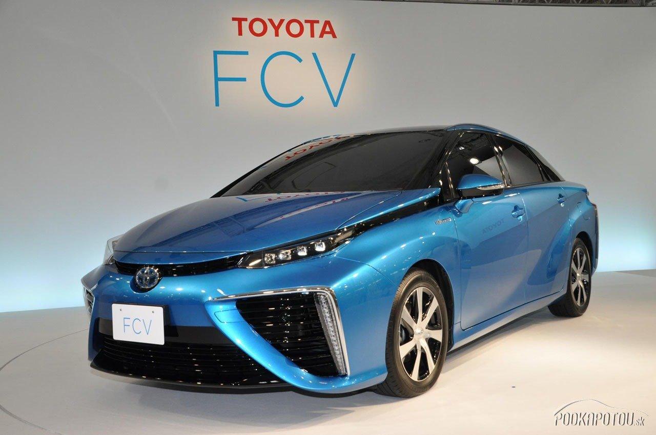 Toyota FCV sa objaví