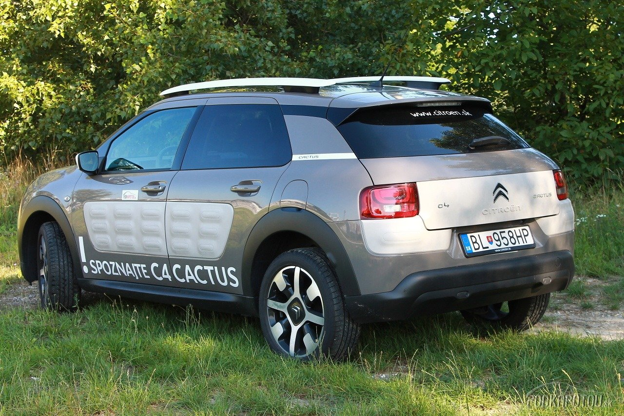 test citroen cactus je ka i ka 2cv v ultramodernom crossoverovom ate foto gal ria. Black Bedroom Furniture Sets. Home Design Ideas