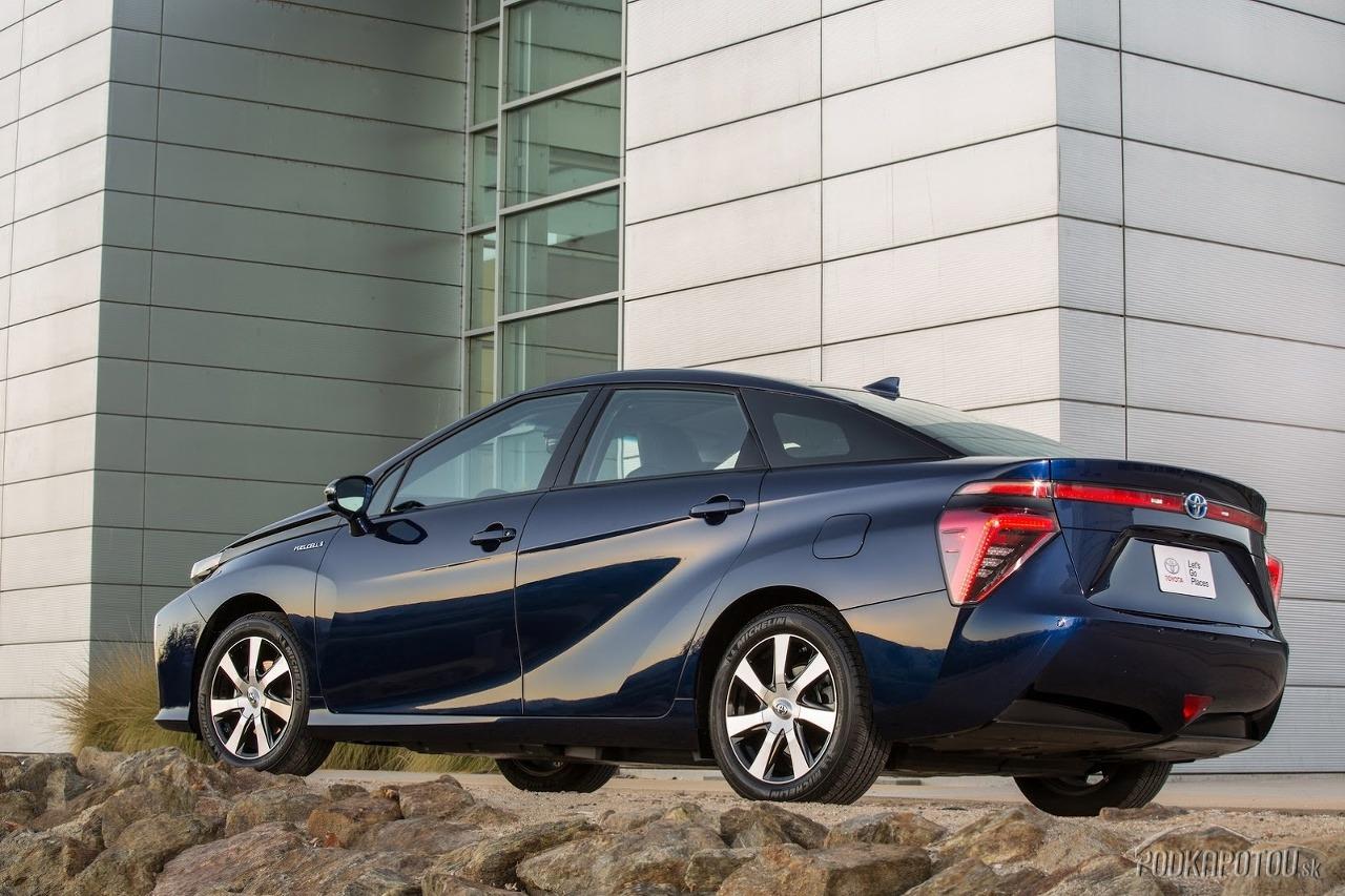 Toyota Mirai 2015