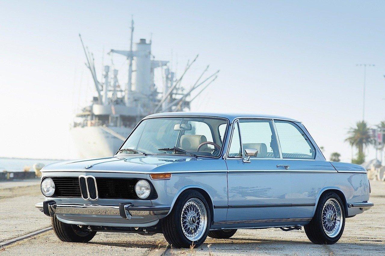 BMW 2002 1974 Clarion