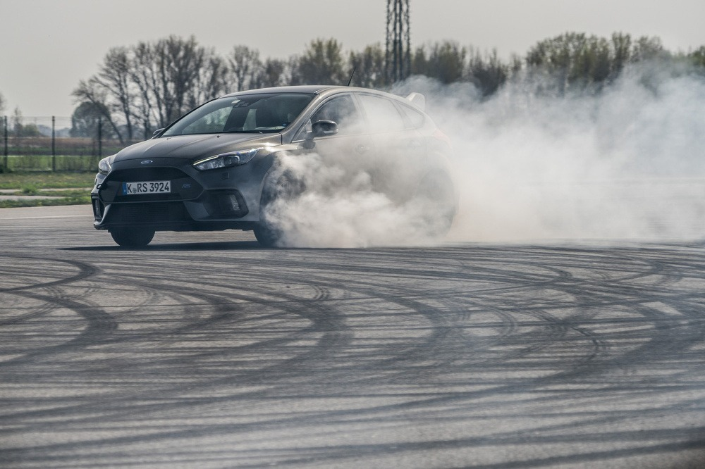 Ford Focus RS drift