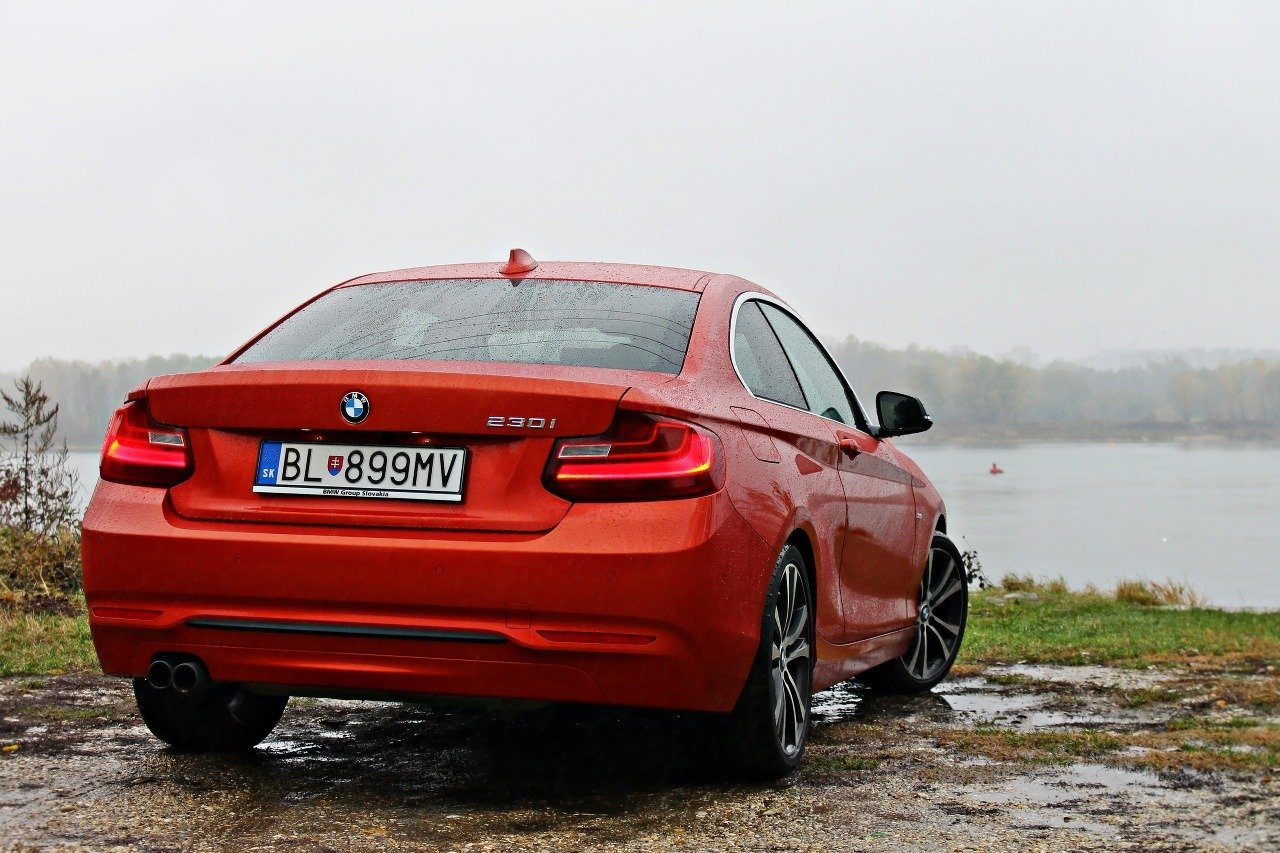 BMW 230i Coupe