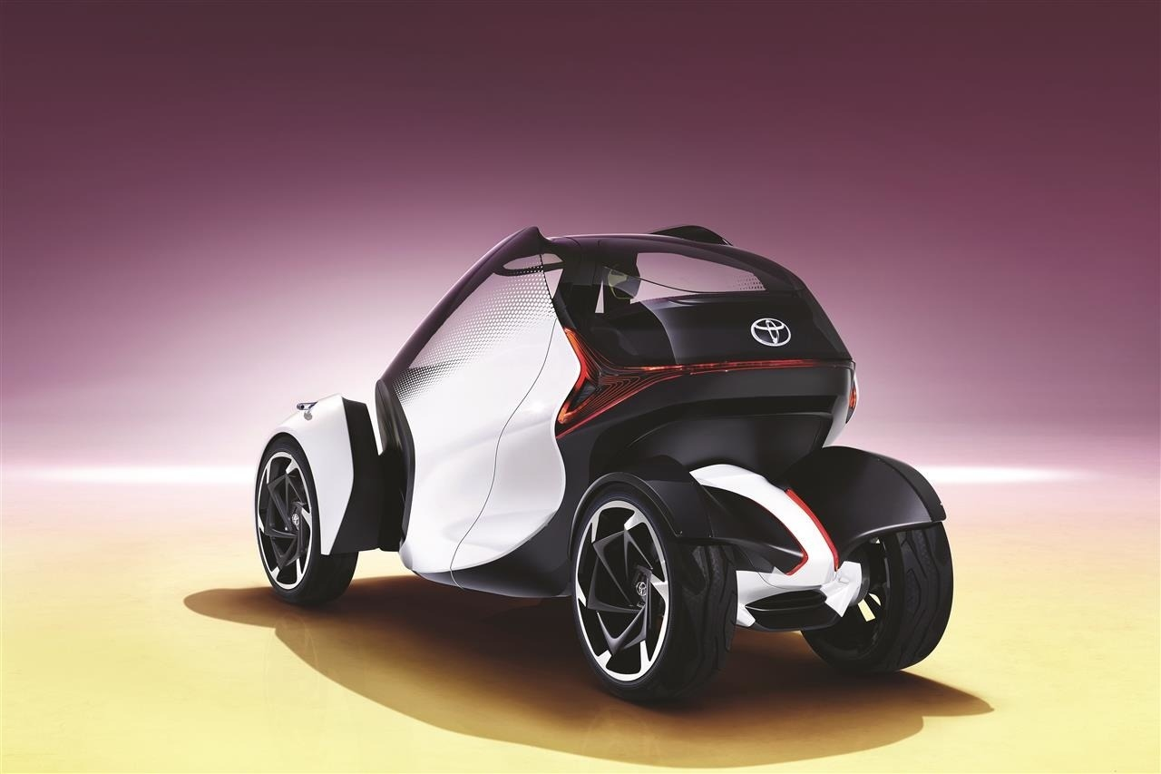 Toyota predviedla koncepčný i-Tril