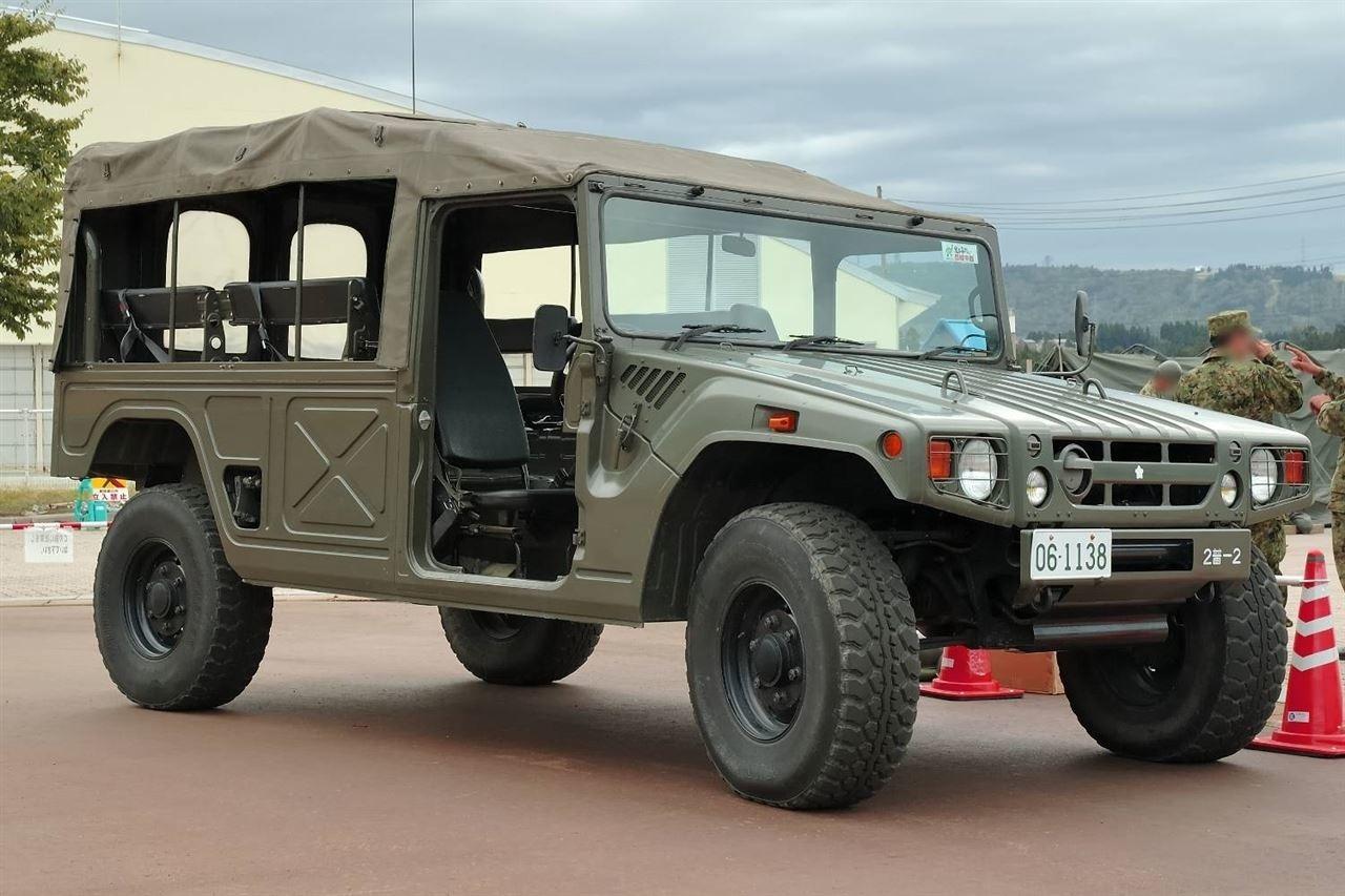 Vojenská Toyota Mega Cruiser