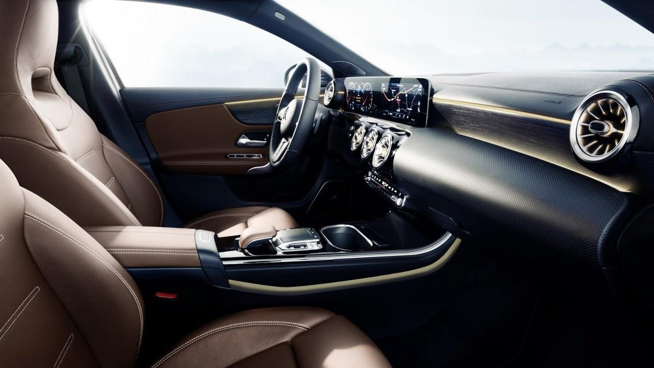 Mercedes A interior