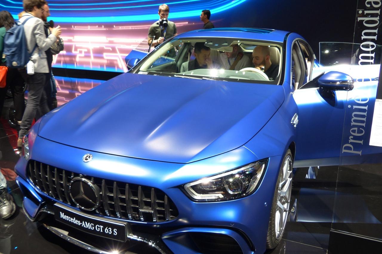 BMW M8 a AMG