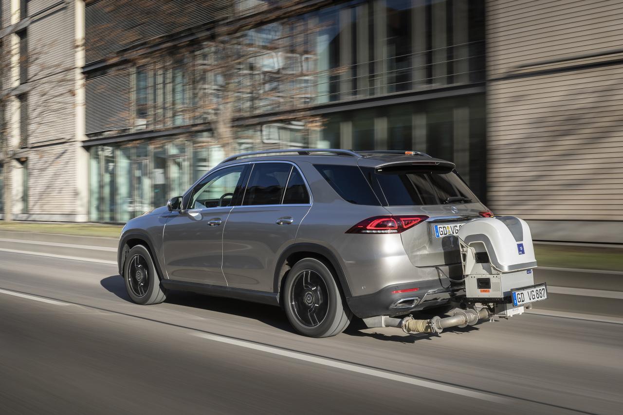 Mercedes a nové normy