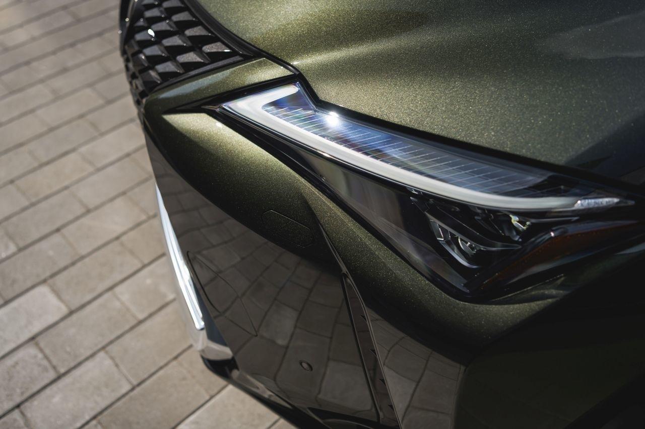 Lexus - Toyota Motor