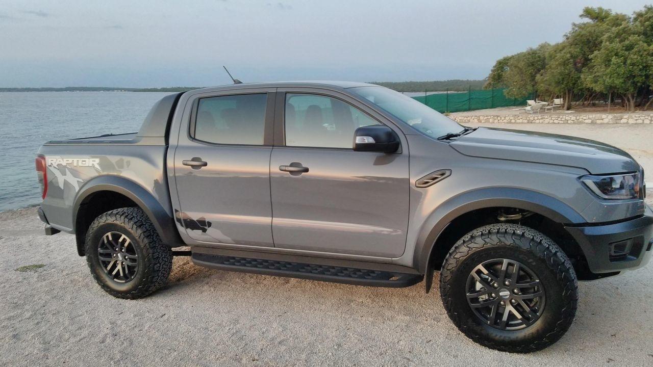 Ford Ranger Raptor a