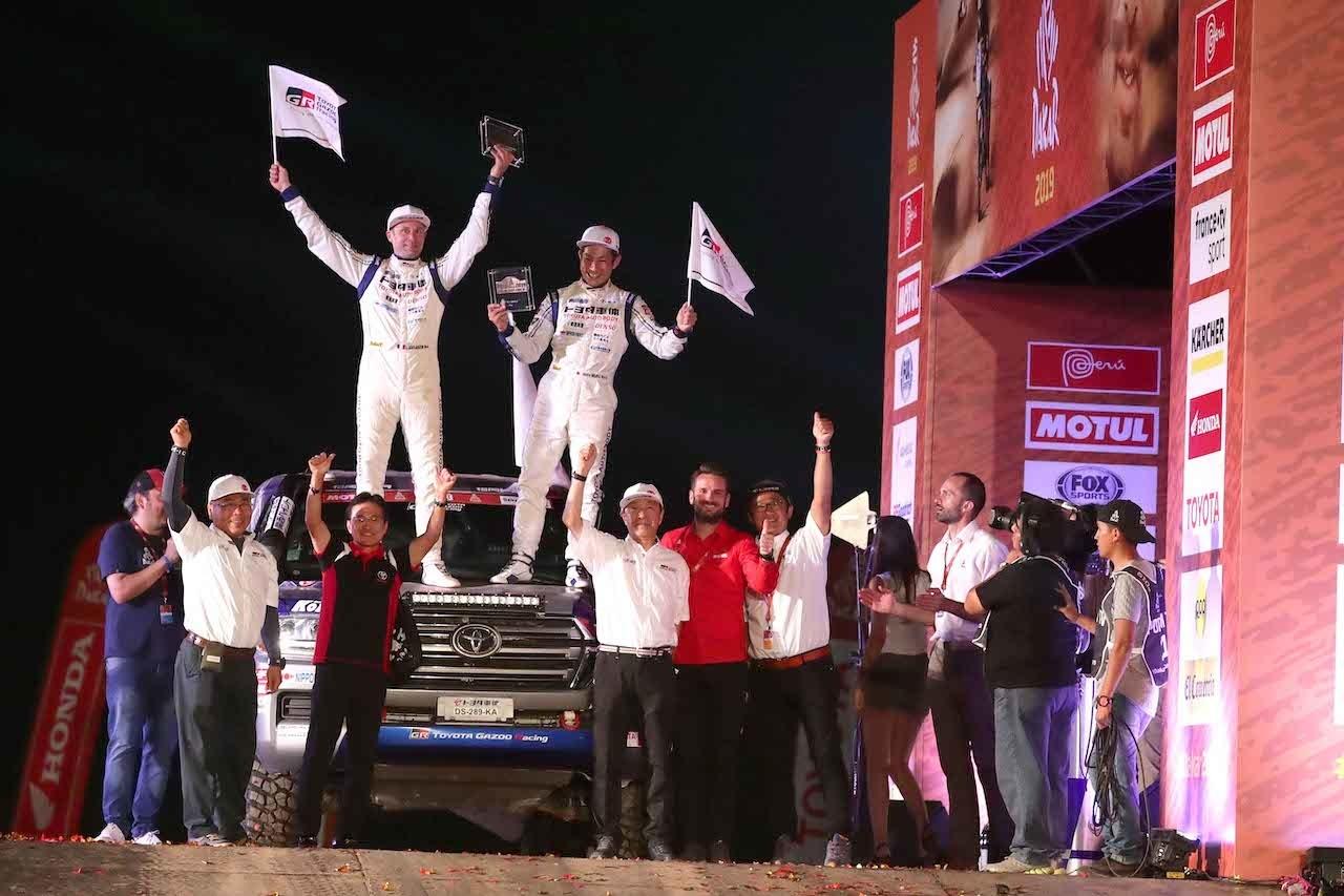 Dakar a Toyota Land