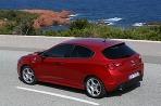 Alfa Romeo vylepšuje tom