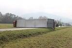 Prevrátený kamión pri Sološnici