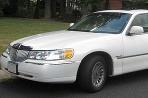 Lincoln Town Car a