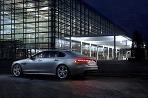 Jaguar XF je v