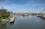 Bratislavský prístav Ilustračné foto