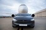 Tesla X a Boeing