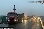 Nehoda D1 dva kamióny