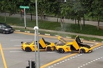 Dve Lamborghini mali jednu