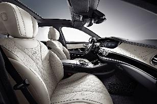 Mercedes-Benz S 600 má