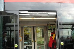 Nízkopodlažná električka Škoda 30