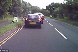 Cyklista narazil do auta