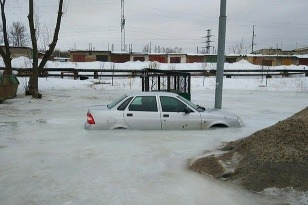 Lada Priora zamrzla v