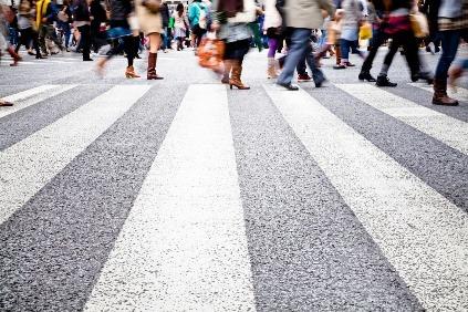 Chodci proti autám