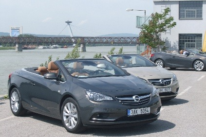 Opel Cascada oficiálne na