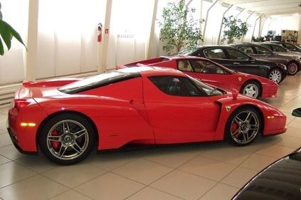 Michael Schumacher predáva svoje