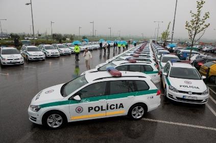 """066f463e9 Policajti """"prezbrojujú"""" na nové autá – konečne budú mať niektorí na ..."""