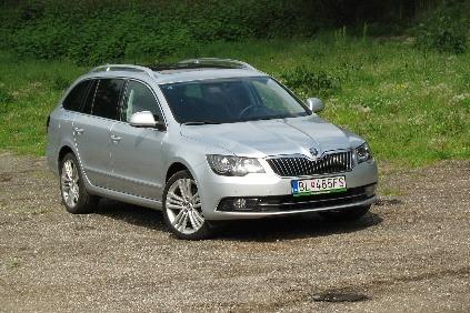 Škoda Superb Combi 2,0