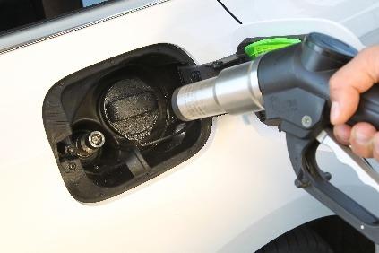 Tankovanie stlačeného zemného plynu